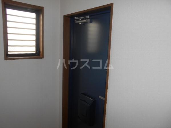 グレースハイツ岩崎 1FD号室の玄関