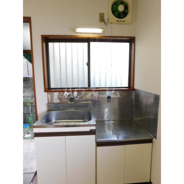 木村ハイツ 1-3号室のキッチン