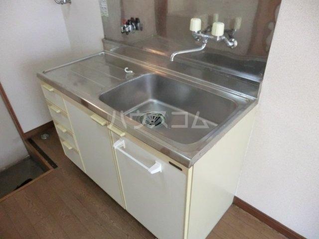 カサイハイム第2 102号室のキッチン