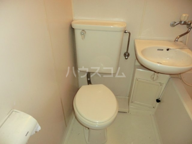 カサイハイム第2 102号室のトイレ
