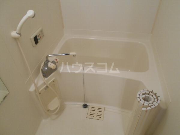 シャルマン 門弟山 202号室の風呂
