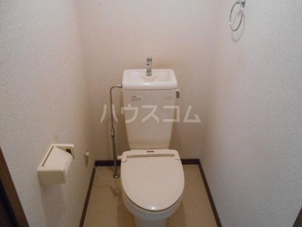 シャルマン 門弟山 202号室のトイレ