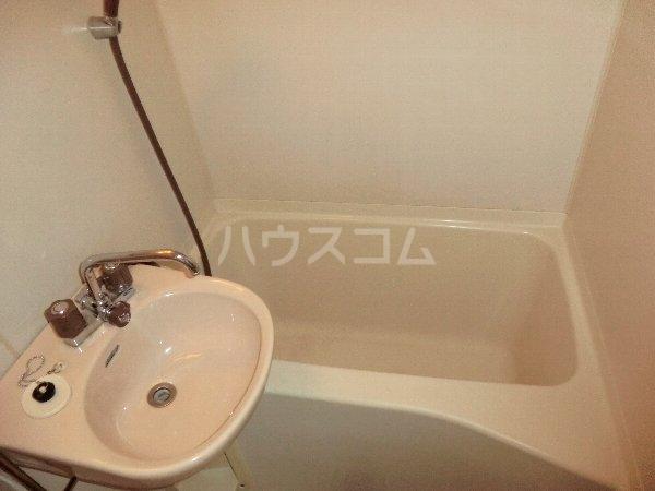 プリミエール八光 301号室の風呂