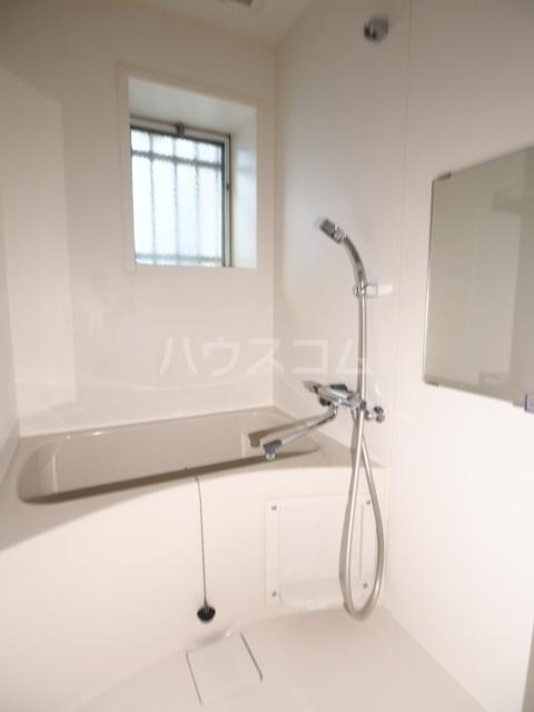 イナダマンション 504号室の風呂