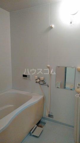 メゾンメルベーユ 201号室の風呂