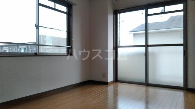 メゾンメルベーユ 201号室の居室