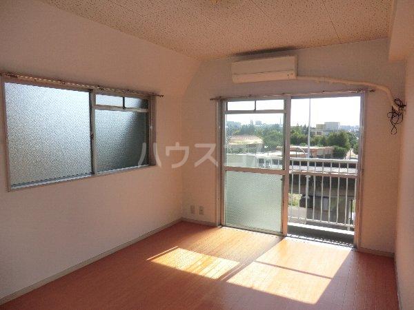 マンション横井 501号室のベッドルーム
