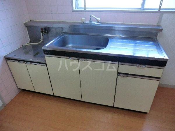 マンション横井 501号室のキッチン