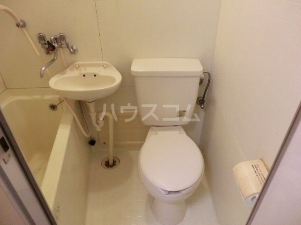 マンション横井 501号室の洗面所