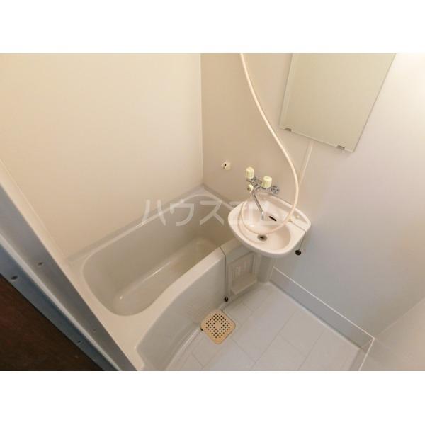 シュンハイツ唐木田 103号室の風呂