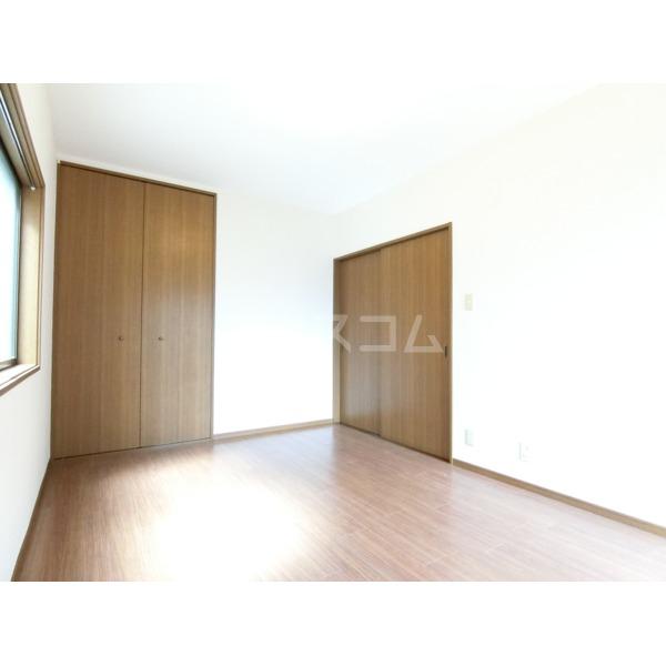 シュンハイツ唐木田 103号室の居室