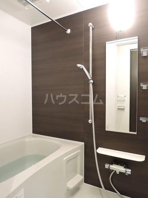 ラフィネⅡ 堀之内 02030号室の風呂
