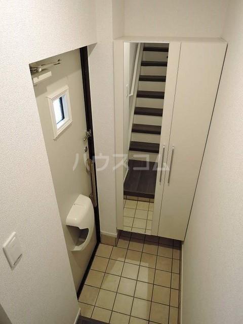 ラフィネⅡ 堀之内 02030号室の玄関