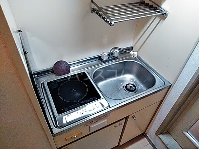 ラ・グラシューズ町南 103号室のキッチン