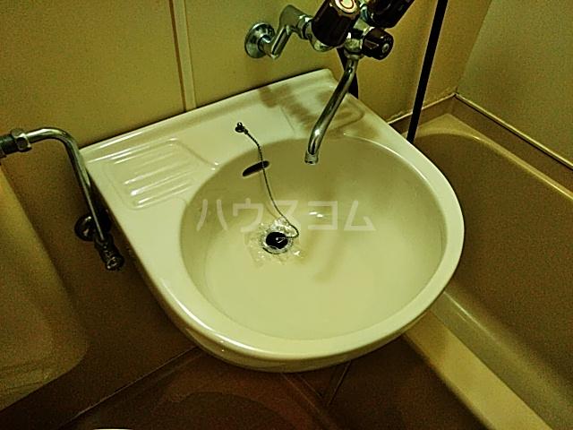 ラ・グラシューズ町南 103号室の洗面所