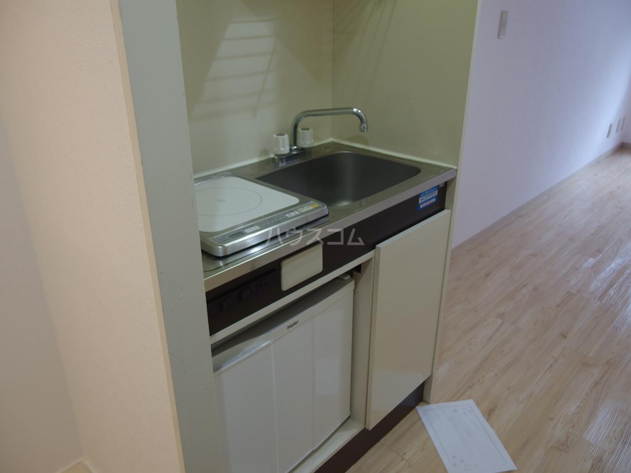 ビアメゾン高幡不動 104号室のキッチン