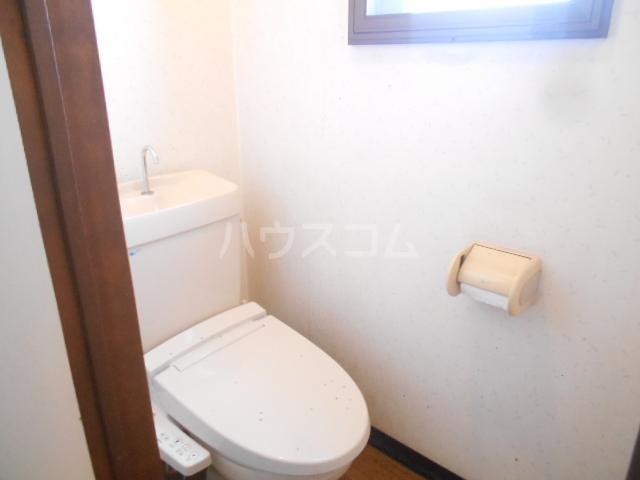 クレスポ 301号室のトイレ