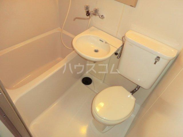 峰岸ビル 302号室の風呂