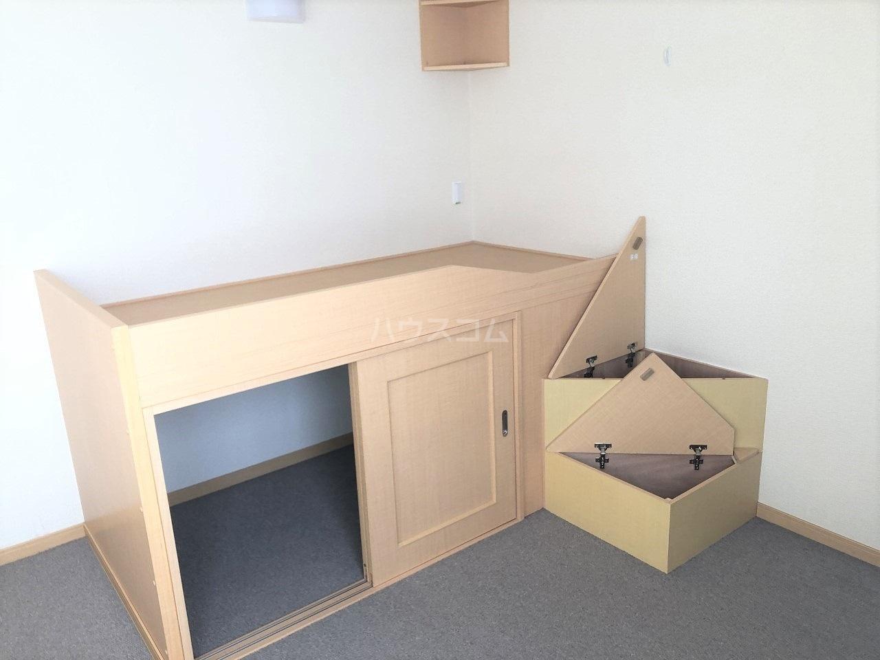 レオネクストHSY デシャンス 104号室の収納