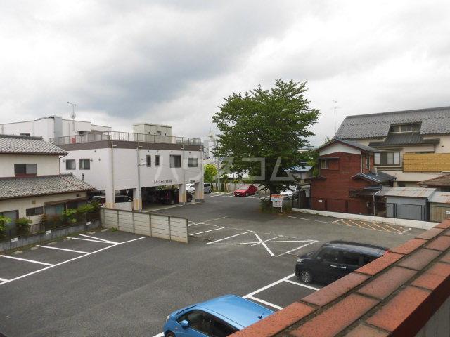 横川田口ビル 208号室の景色