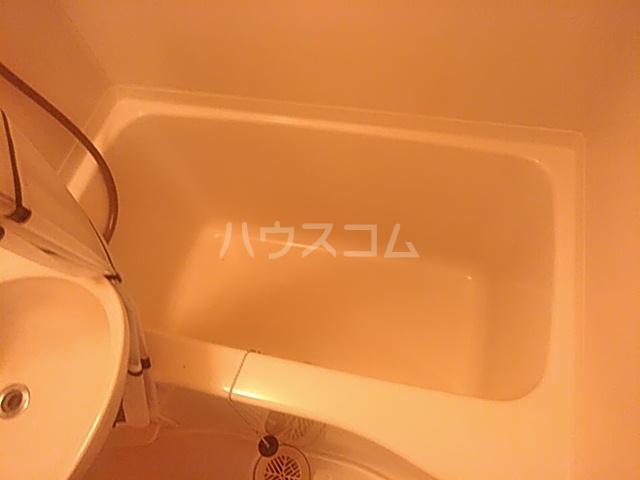 ジェネシス平成 101号室の風呂