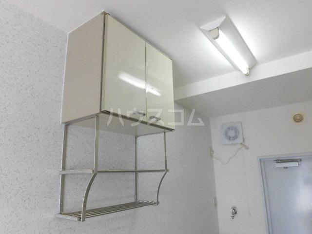 ハイツ東山D 202号室のキッチン