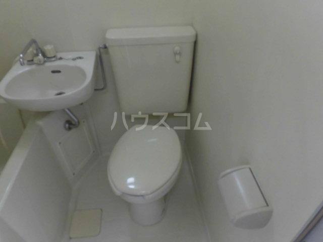 ハイツ東山D 202号室のトイレ
