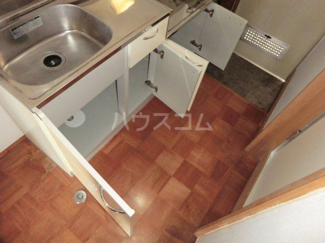 ハイツ旗野Ⅱ 202号室のキッチン