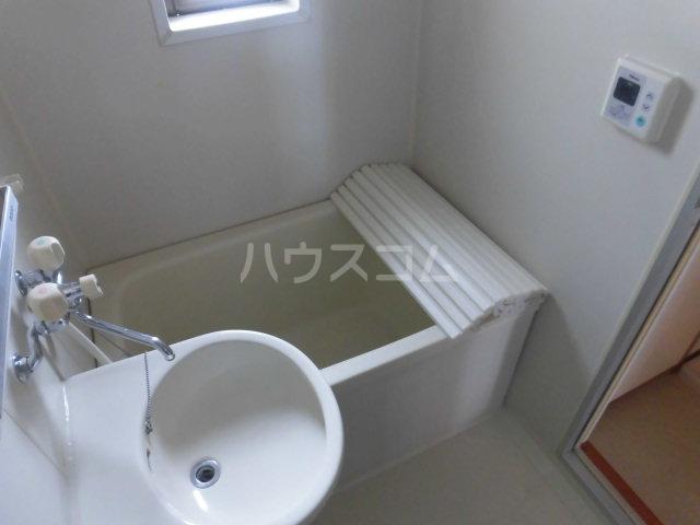 中澤マンション 201号室の風呂