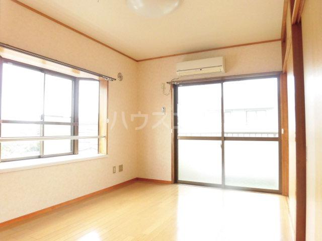 中澤マンション 201号室の居室