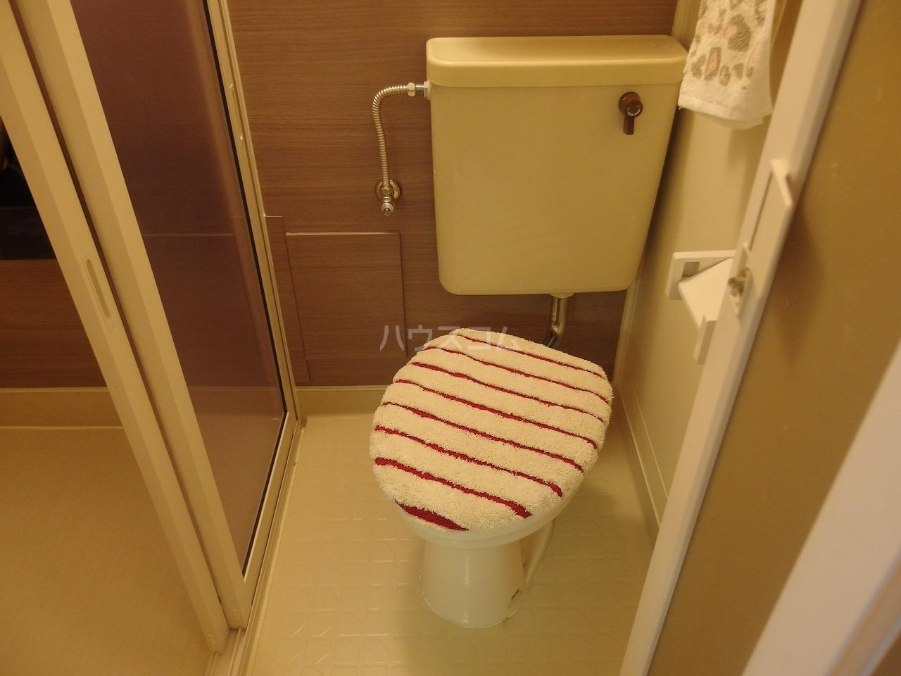 リヴェール多摩センター 505号室の洗面所