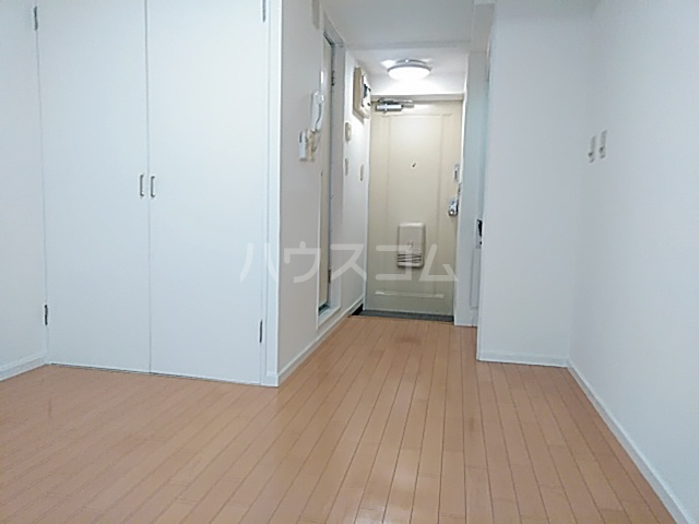 ニチエーイン第2日野 101号室の居室
