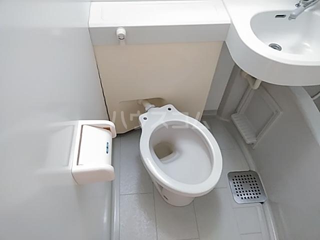 ニチエーイン第2日野 101号室のトイレ