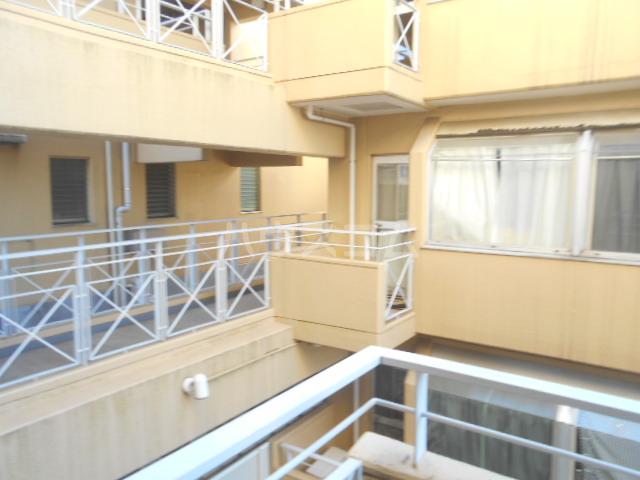 メゾン南平 A401号室の居室