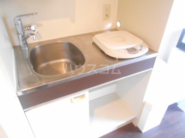 メゾン南平 A401号室のキッチン