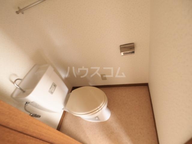 メゾン和幸 401号室のトイレ