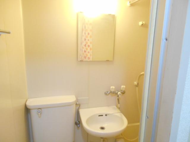 サンドルフ多摩 105号室の洗面所