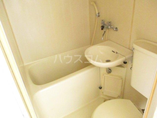 テラス・サム 201号室の風呂
