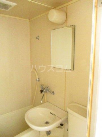 テラス・サム 201号室のトイレ