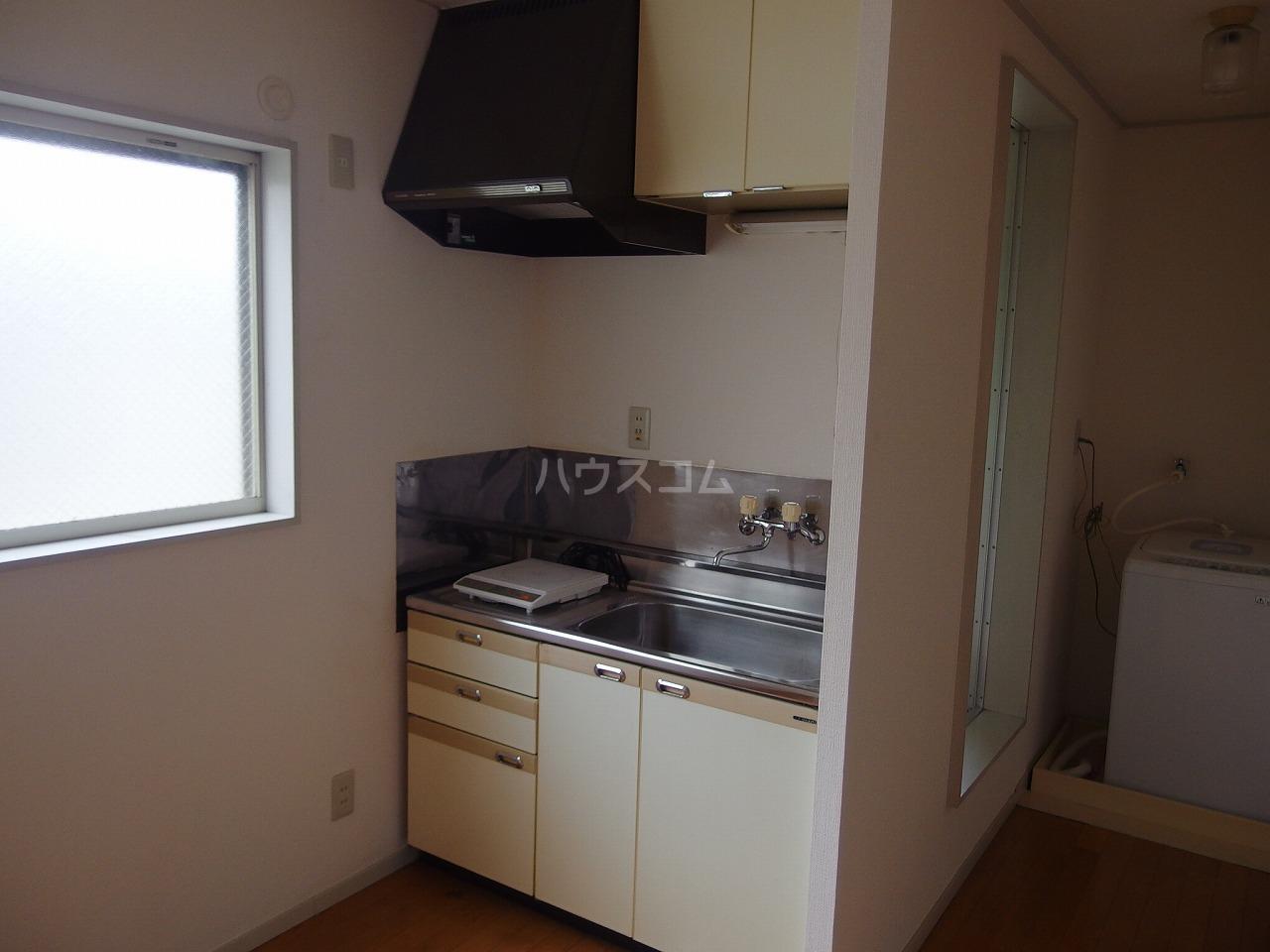 レオパレス南野 200号室のキッチン