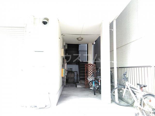 早川コーポ 101号室のロビー