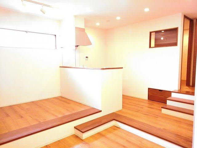 早川コーポ 101号室のリビング