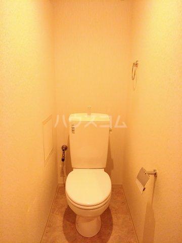 早川コーポ 101号室のトイレ