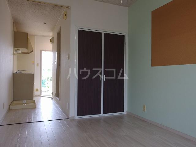 ラフィーナ21 202号室の居室