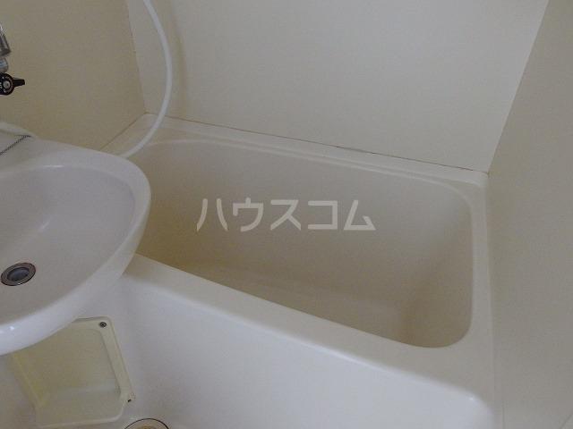 ラフィーナ21 202号室の風呂