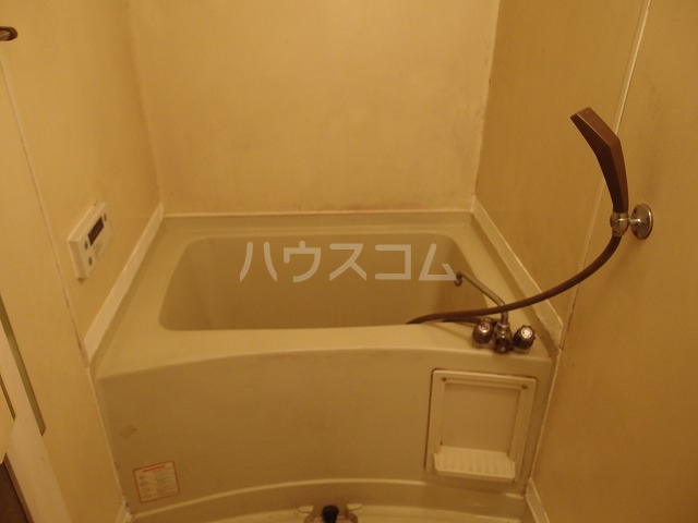 グローリア初穂聖蹟桜ヶ丘 101号室の風呂