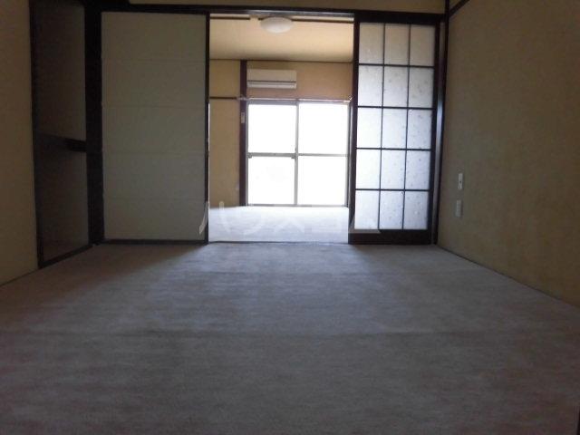 コーポ落合 206号室の居室