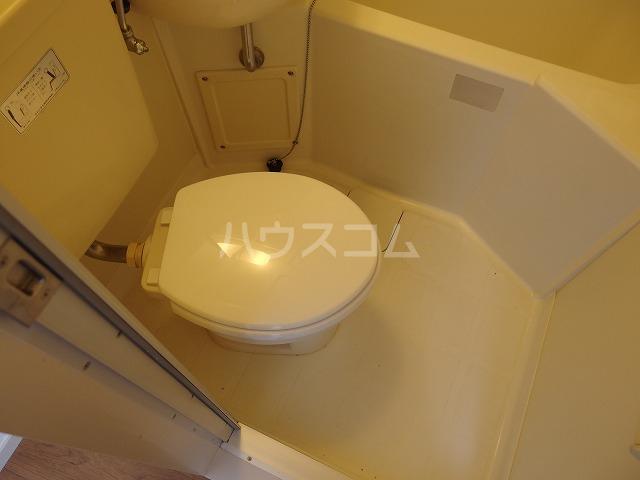 ラトゥールアンフィニ 601号室のトイレ
