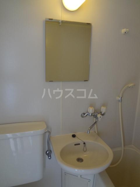 エポック23 201号室の洗面所