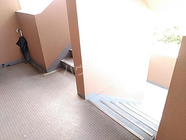 スターキャッスル 302号室のバルコニー